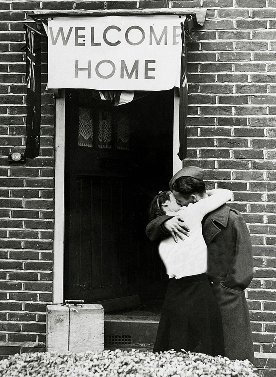 old-photos-vintage-war-couples-love-romance-38-5734409641e9c__880
